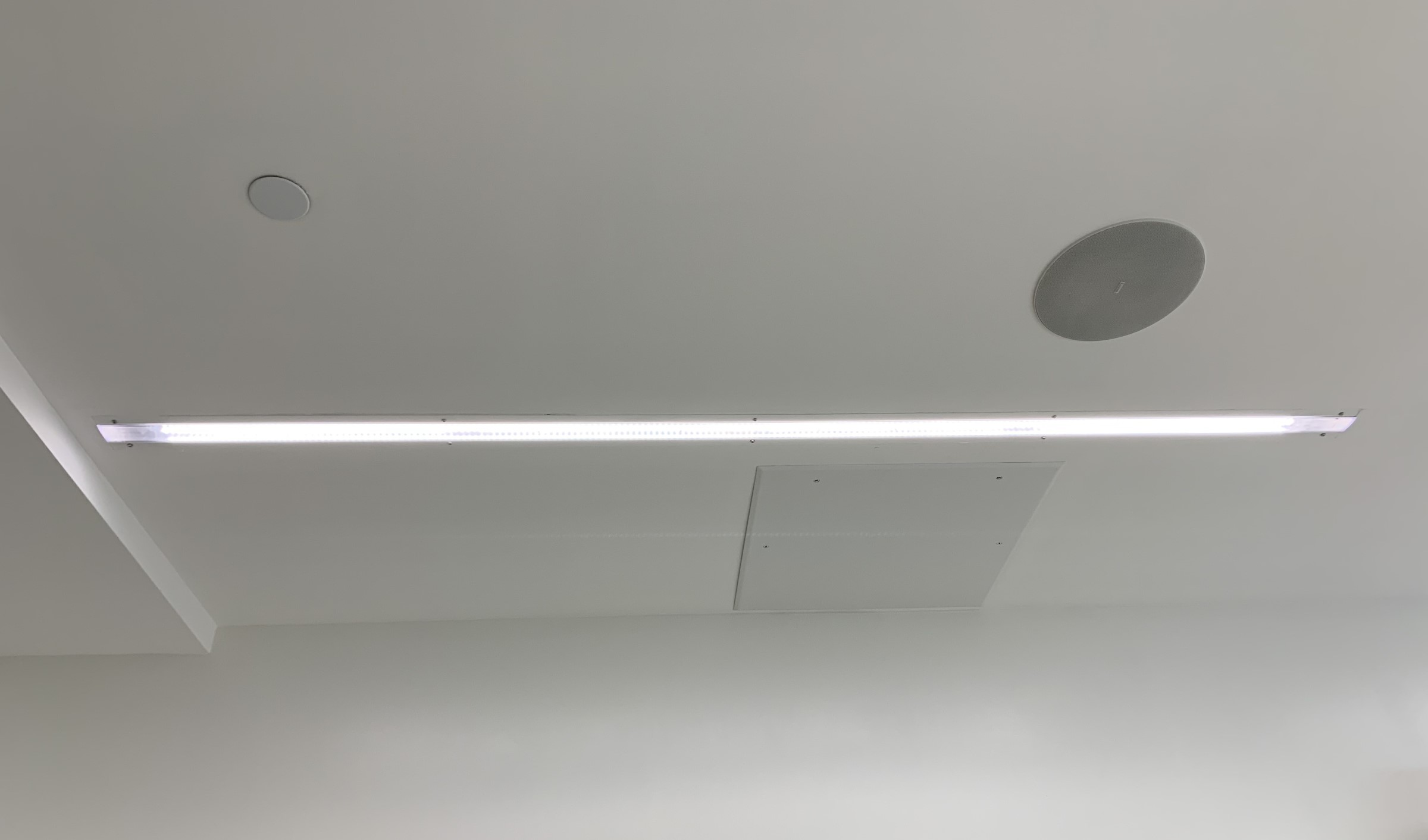 A uLED fixture installed in an operating room ceiling